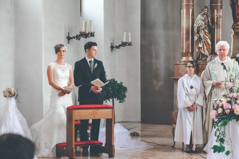 Hochzeitsfotos-Edenkoben-Klostergarten-AnnaJohannes-05