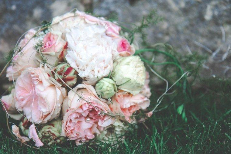 Hochzeitsfotos-Edenkoben-Klostergarten-AnnaJohannes-22