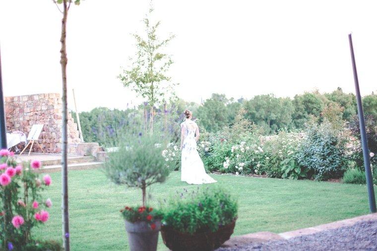 Hochzeitsfotos-Edenkoben-Klostergarten-AnnaJohannes-25