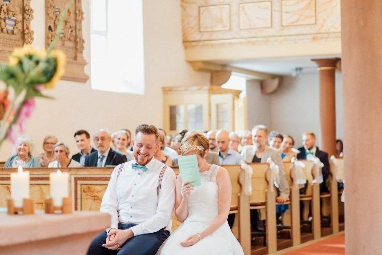 Hochzeitsfotograf-Pfalz-Karlsruhe-Hochzeitsfotos-Klingenmünster-Boechingen-18-ev-kirche-Pfalz