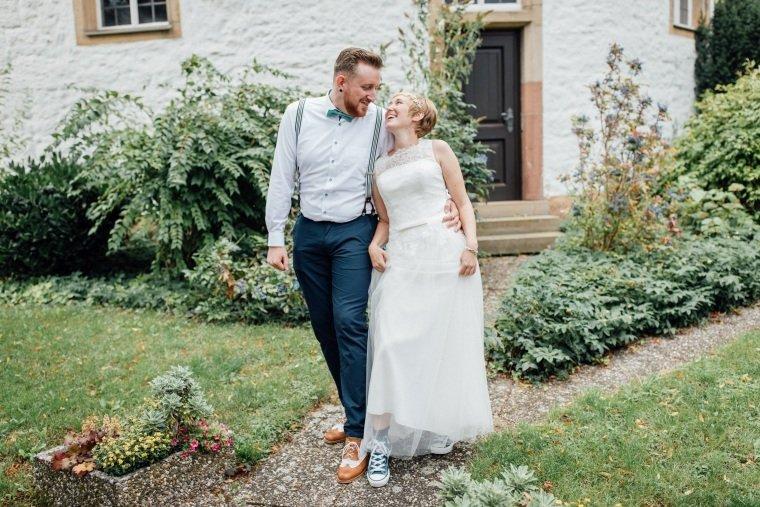 Hochzeitsfotograf-Pfalz-Karlsruhe-Hochzeitsfotos-Klingenmünster-Boechingen-23-Brautpaar
