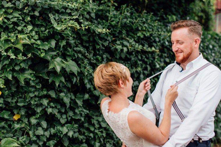 Hochzeitsfotograf-Pfalz-Karlsruhe-Hochzeitsfotos-Klingenmünster-Boechingen-31-Brautpaar