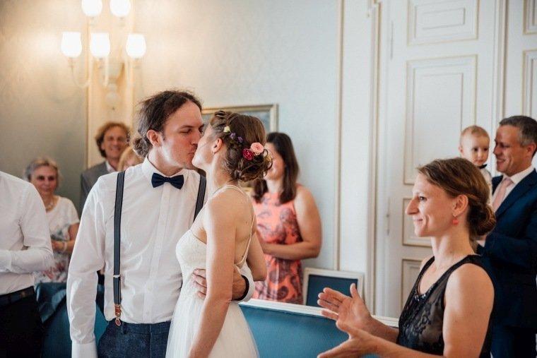 Hochzeitsfotos-Karlsruhe-Standesamt-Hochzeitsfotograf-AnnaJohannes-001-Haus-Solms