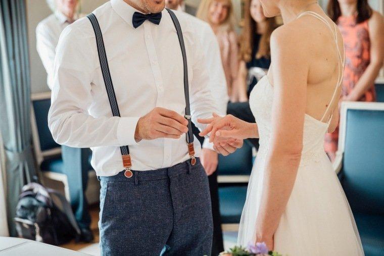 Hochzeitsfotos-Karlsruhe-Standesamt-Hochzeitsfotograf-AnnaJohannes-002-Haus-Solms