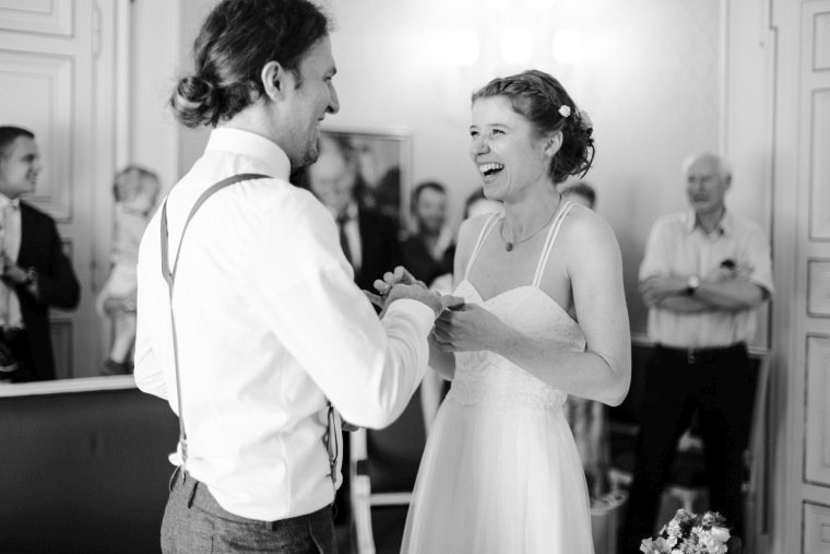 Hochzeitsfotos-Karlsruhe-Standesamt-Hochzeitsfotograf-AnnaJohannes-003-Haus-Solms