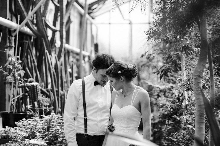 Hochzeitsfotos-Karlsruhe-Standesamt-Hochzeitsfotograf-AnnaJohannes-009-Botanischer-Garten-Paarfotos
