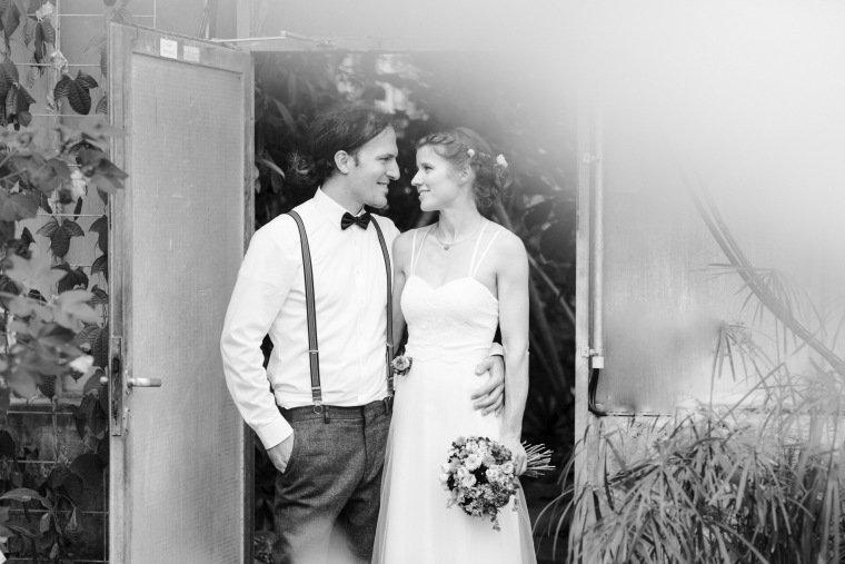 Hochzeitsfotos-Karlsruhe-Standesamt-Hochzeitsfotograf-AnnaJohannes-020-Botanischer-Garten-Paarfotos