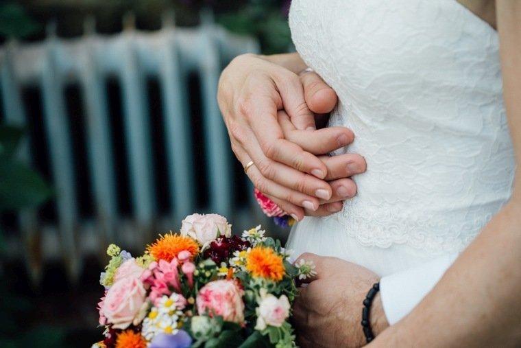 Hochzeitsfotos-Karlsruhe-Standesamt-Hochzeitsfotograf-AnnaJohannes-021-Botanischer-Garten-Paarfotos