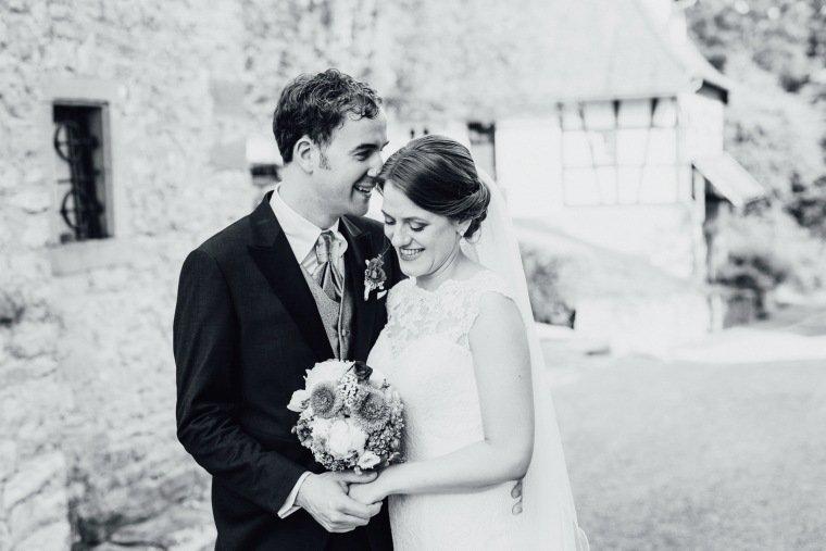 Hochzeitsfotos-Schloss-Neuhaus-Sinsheim-Hochzeit-Reportage-AnnaJohannes-34