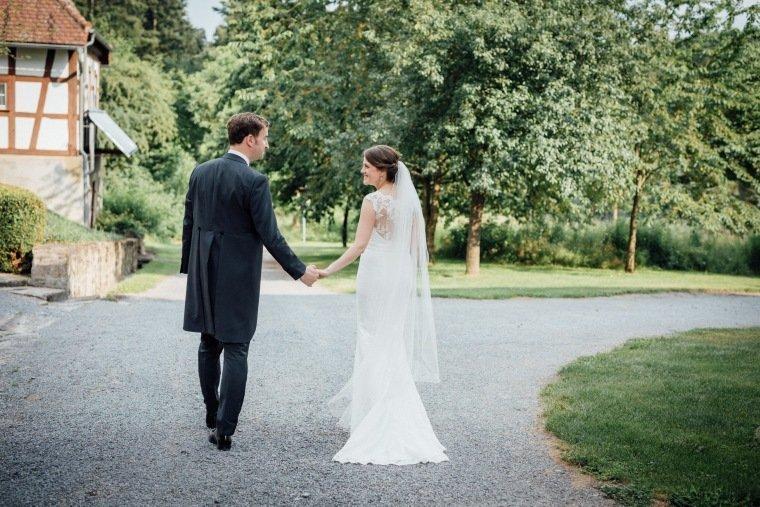 Hochzeitsfotos-Schloss-Neuhaus-Sinsheim-Hochzeit-Reportage-AnnaJohannes-35
