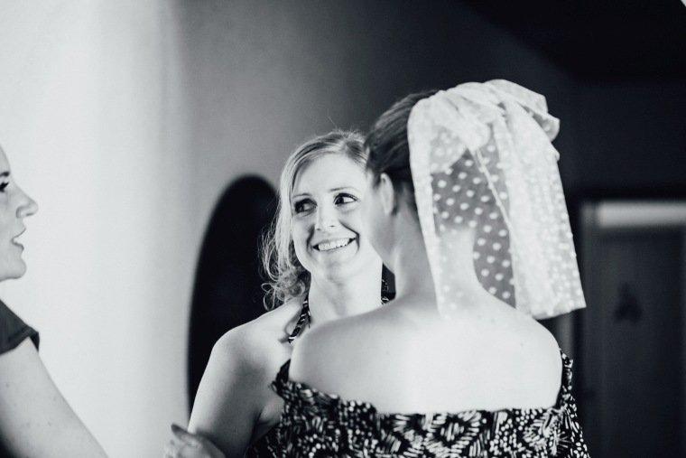 Hochzeitsfotos-Bad-Duerkheim-Hochzeitsreportage-Anna-und-Johannes-007-Braut-Getting-Ready