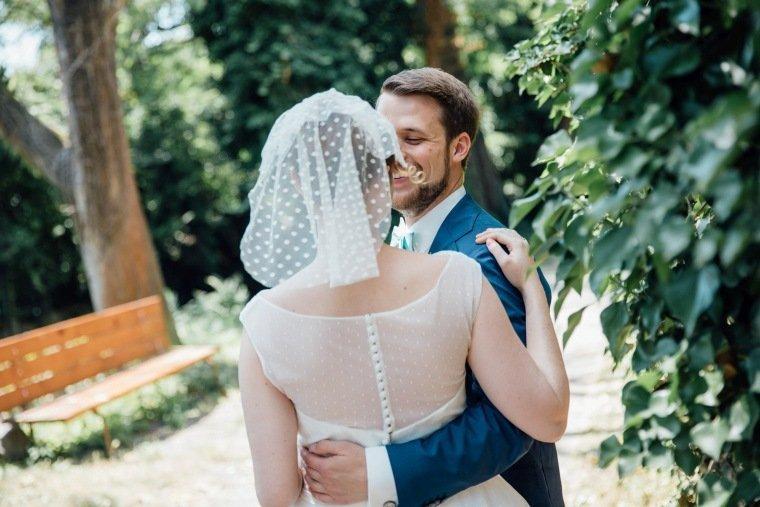 Hochzeitsfotos-Bad-Duerkheim-Hochzeitsreportage-Anna-und-Johannes-018-first-look