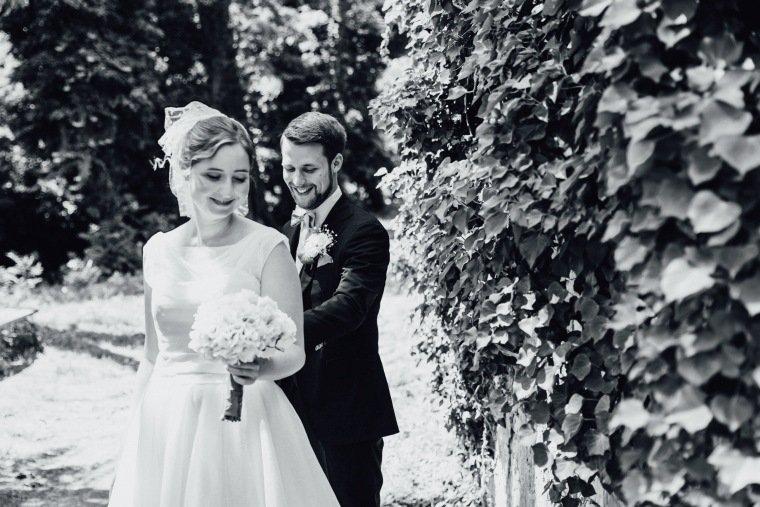 Hochzeitsfotos-Bad-Duerkheim-Hochzeitsreportage-Anna-und-Johannes-019-first-look