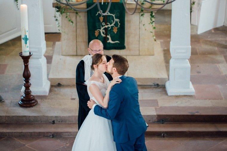 Hochzeitsfotos-Bad-Duerkheim-Hochzeitsreportage-Anna-und-Johannes-028Sausenheim