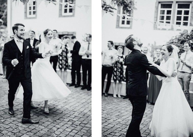 Hochzeitsfotos-Bad-Duerkheim-Hochzeitsreportage-Anna-und-Johannes-047-Felsenmuehle-Neuleiningen
