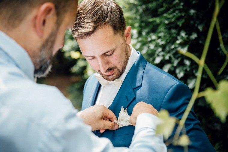 Hochzeitsfotos-Pfalzliebe-Hochzeitsreportage-Landau-Gordramstein-Anna-und-Johannes-003-getting-ready