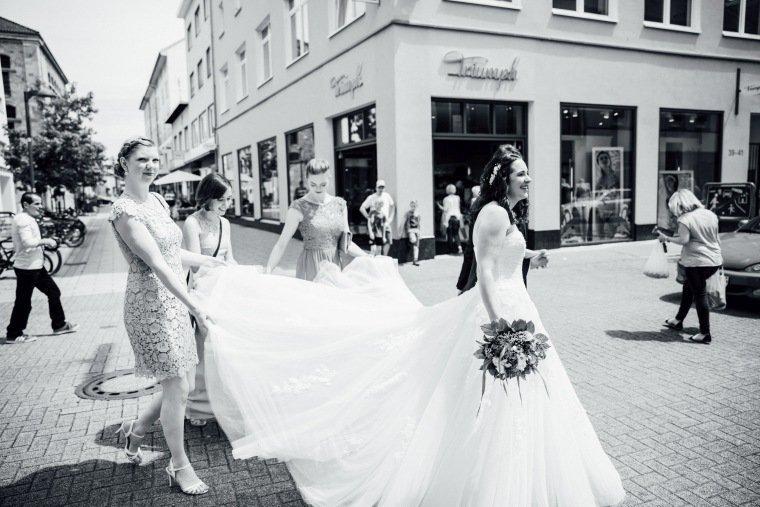 Hochzeitsfotos-Pfalzliebe-Hochzeitsreportage-Landau-Gordramstein-Anna-und-Johannes-008