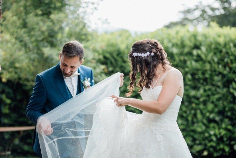 Hochzeitsfotos-Pfalzliebe-Hochzeitsreportage-Landau-Gordramstein-Anna-und-Johannes-013