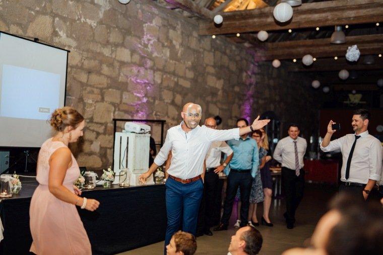 Hochzeitsfotos-Hochzeitsreportage-Stetten-019-Hochzeitsspiel-GNTM