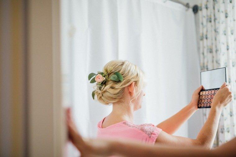 Hochzeitsfotos-Landgut-Schloss-Michelfeld-Hochzeitsreportage-Angelbachtal-003-Braut-Getting-Ready