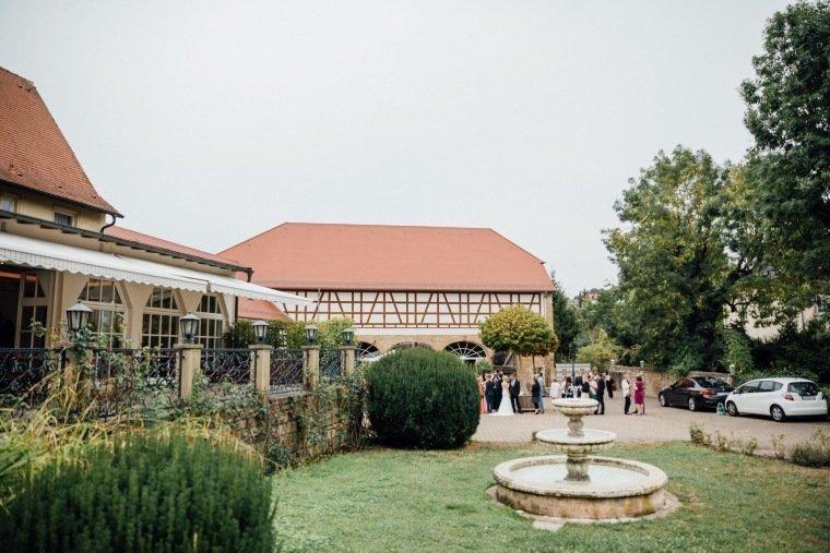 Hochzeitsfotos-Landgut-Schloss-Michelfeld-Hochzeitsreportage-Angelbachtal-016
