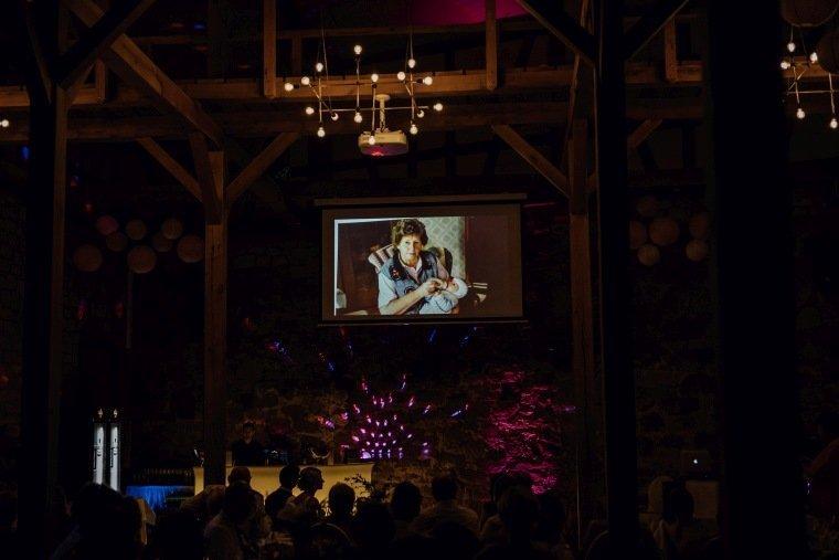 Hochzeitsfotos-Landgut-Schloss-Michelfeld-Hochzeitsreportage-Angelbachtal-030-Abend