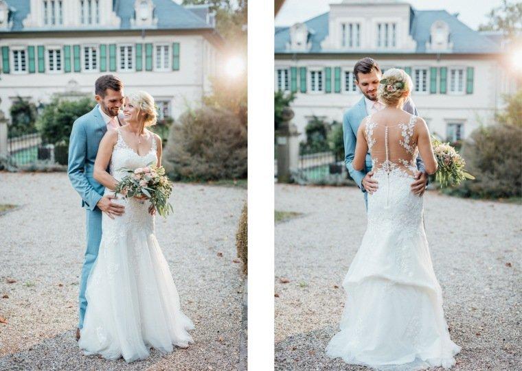 Hochzeitsfotos-Landgut-Schloss-Michelfeld-Hochzeitsreportage-Angelbachtal-036-Brautpaar-Tattoospitze-Sonnenuntergang-hellblauer-Anzug