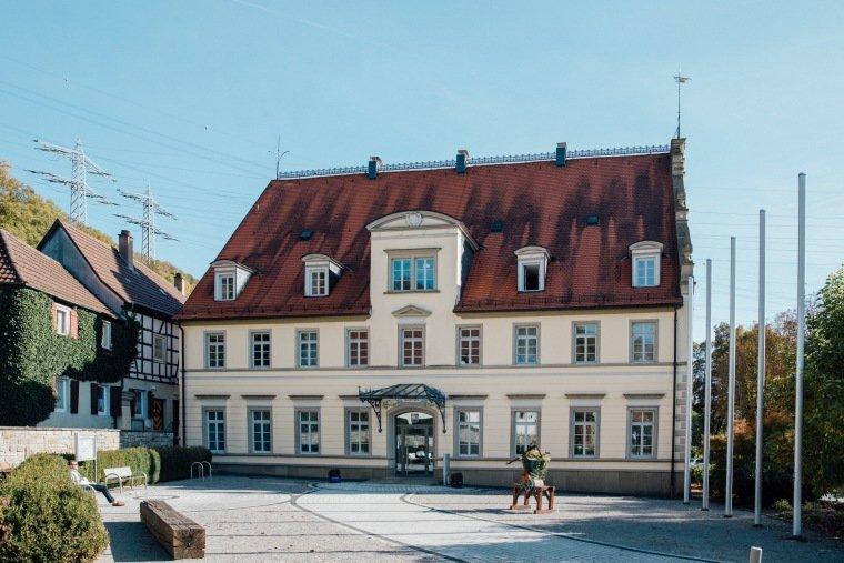 Hochzeitsfotos-Odenwald-Hochzeitsreportage-002-Standesamt-Neckarzimmern