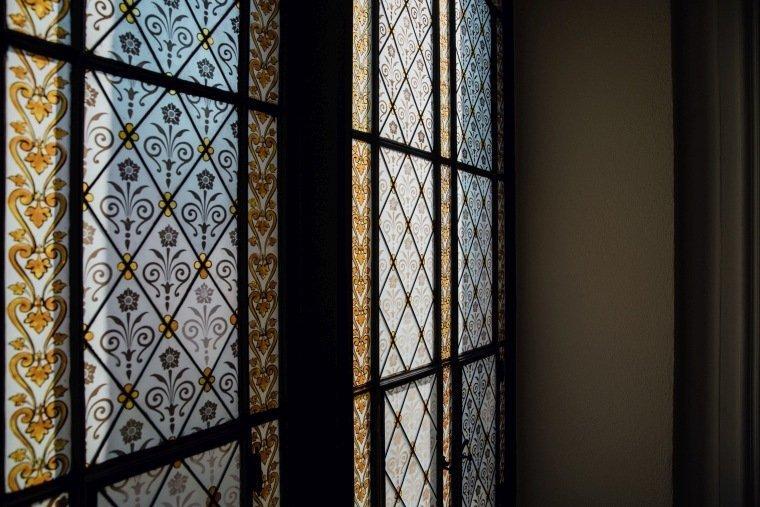 Hochzeitsfotos-Odenwald-Hochzeitsreportage-005-Fenster-Weddingdetails
