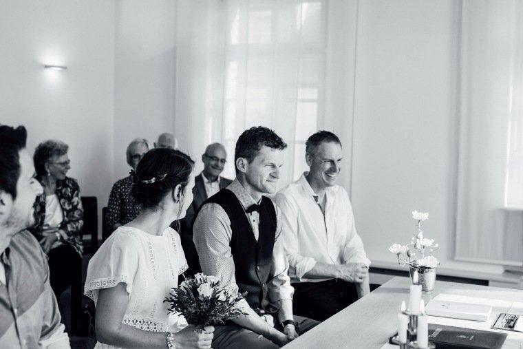Hochzeitsfotos-Odenwald-Hochzeitsreportage-008-Standesamt-Trauung