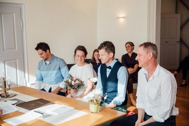 Hochzeitsfotos-Odenwald-Hochzeitsreportage-009-Standesamt-Trauung
