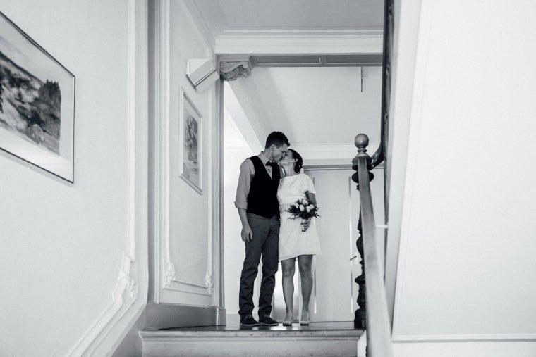 Hochzeitsfotos-Odenwald-Hochzeitsreportage-013-Standesamt-Brautpaar