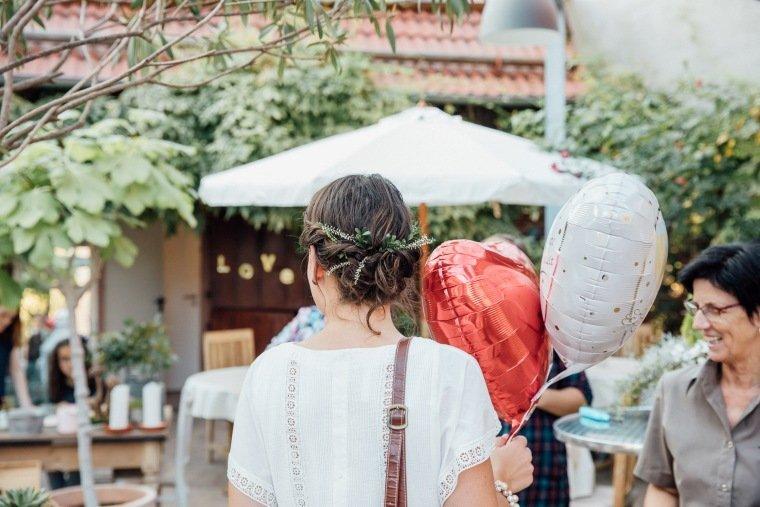 Hochzeitsfotos-Odenwald-Hochzeitsreportage-027-Braut