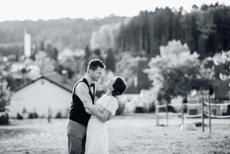 Hochzeitsfotos-Odenwald-Hochzeitsreportage-042-Brautpaar-Liebe
