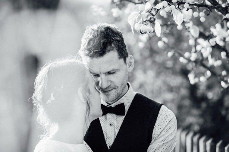 Hochzeitsfotos-Odenwald-Hochzeitsreportage-044-Portrait-Brautpaar