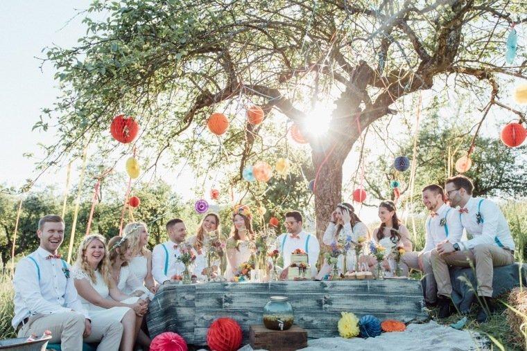festival-wedding-Gartenhochzeit-Heilbronn-039-Sonnenuntergang-outdoor-Wedding-Boho-Wiese-Fest