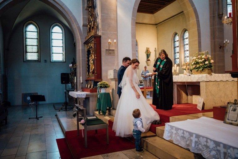 Hochzeitsfotos-Hochzeitsreportage-018-evangelische-Trauung