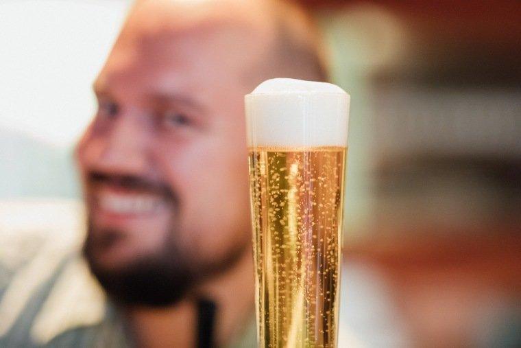 Hochzeitsfotos-Hochzeitsreportage-036-Bier