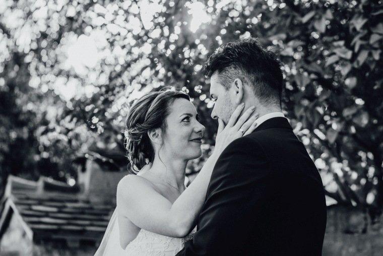 Hochzeitsfotos-Hochzeitsreportage-040-Brautpaar-Liebe