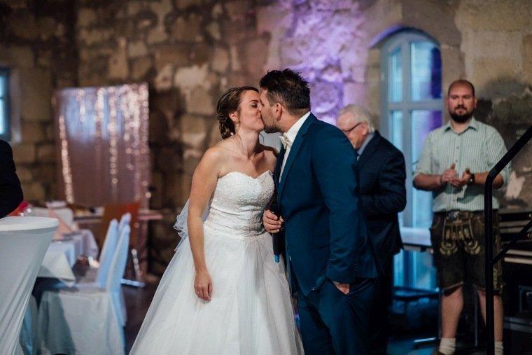Hochzeitsfotos-Hochzeitsreportage-044-Brautpaar