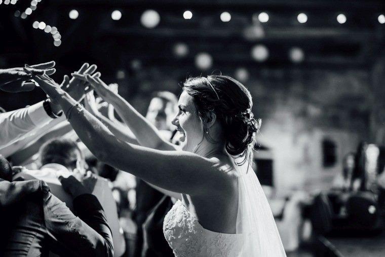 Hochzeitsfotos-Hochzeitsreportage-058-Braut