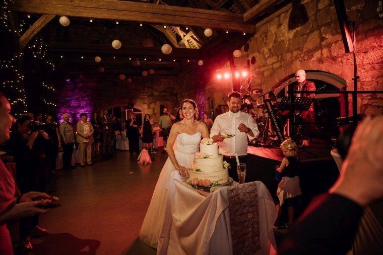 Hochzeitsfotos-Hochzeitsreportage-065-Hochzeitstorte