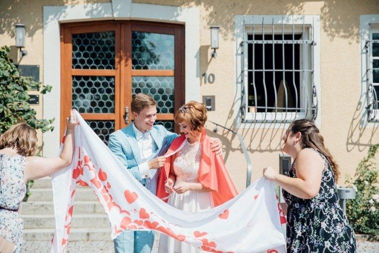 Hochzeitsfotos-Ludwigsburg-Hochzeitsreportage-018-Standesamt-Lauffen-Trauung