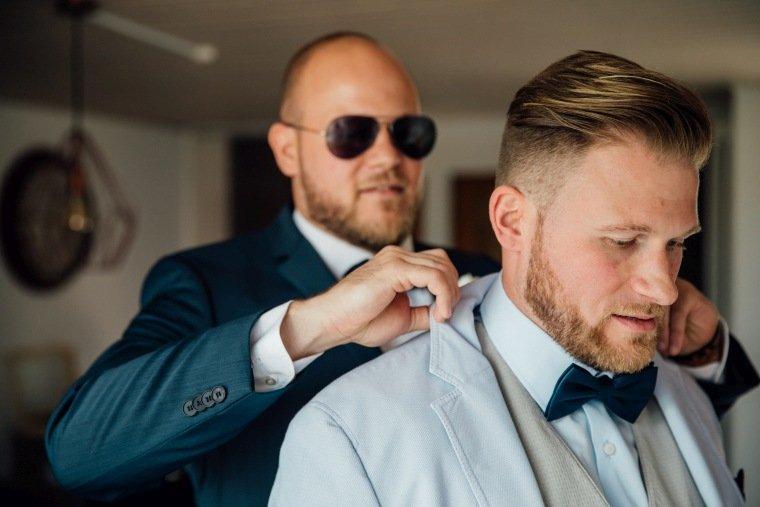 Hochzeitsfotos-Odenwald-Hochzeitsreportage-008-Getting-Ready-Braut-Braeutigam