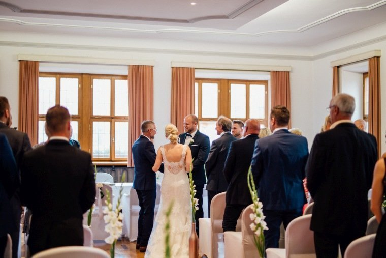 Hochzeitsfotos-Odenwald-Hochzeitsreportage-019-Standesamt