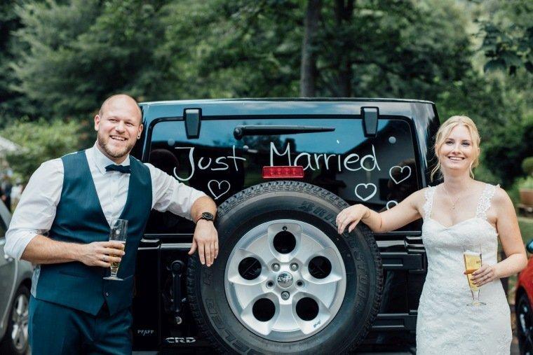 Hochzeitsfotos-Odenwald-Hochzeitsreportage-053-Brautauto