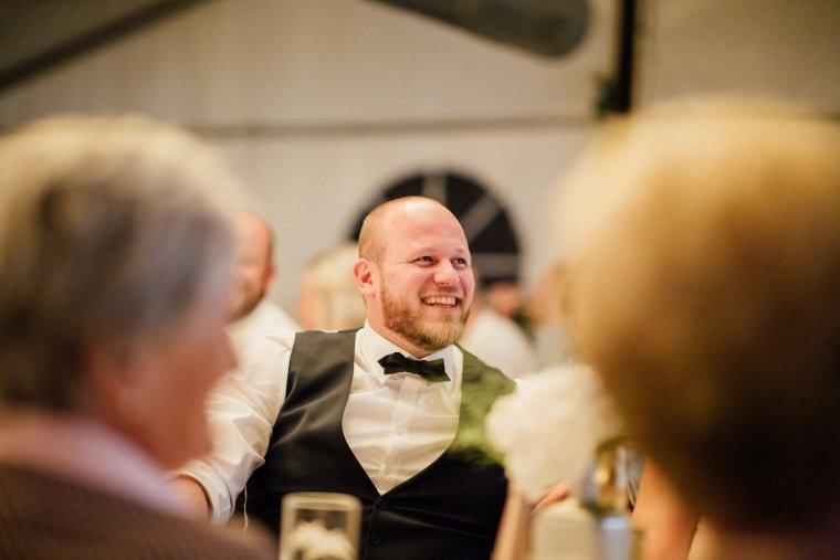 Hochzeitsfotos-Odenwald-Hochzeitsreportage-059-rede