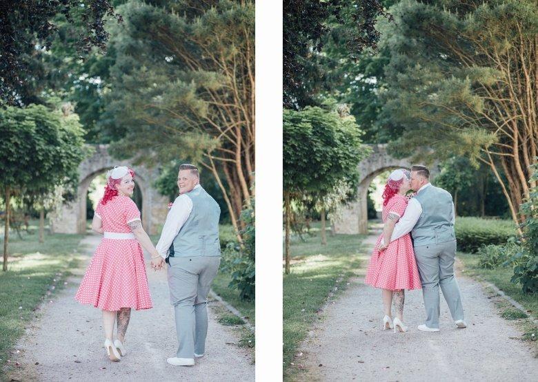 Rockabilly Hochzeit! Pinkes Brautkleid mit Polkadots, Paarfotos