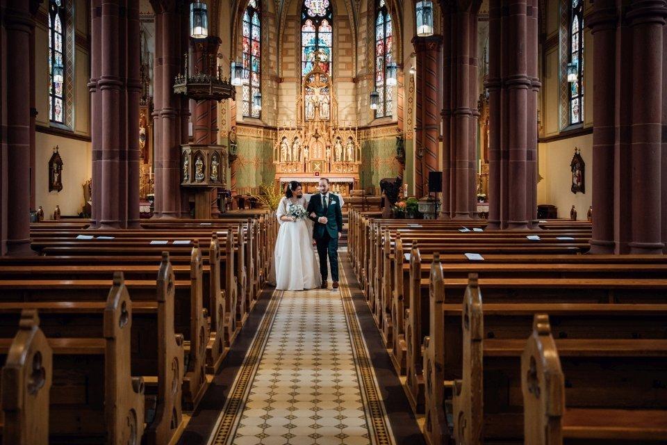 Brautpaar Auszug aus der Kirche in Speyer