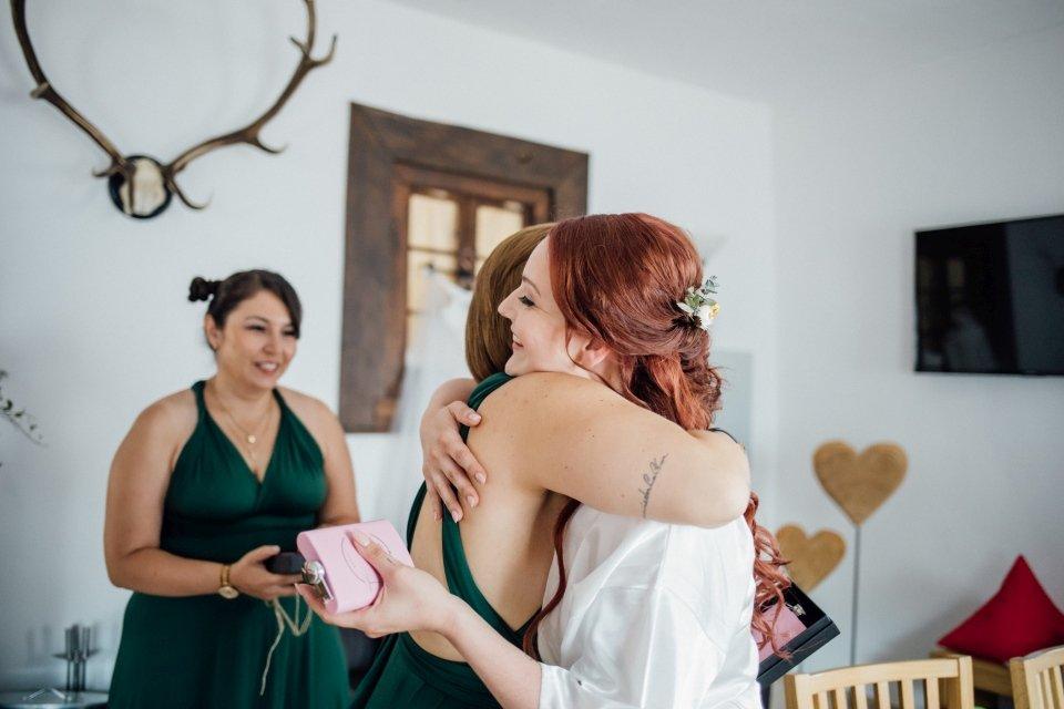 Standesamt-Zwiefalten-Hochzeitsreportage-Hochzeitsfotos-14